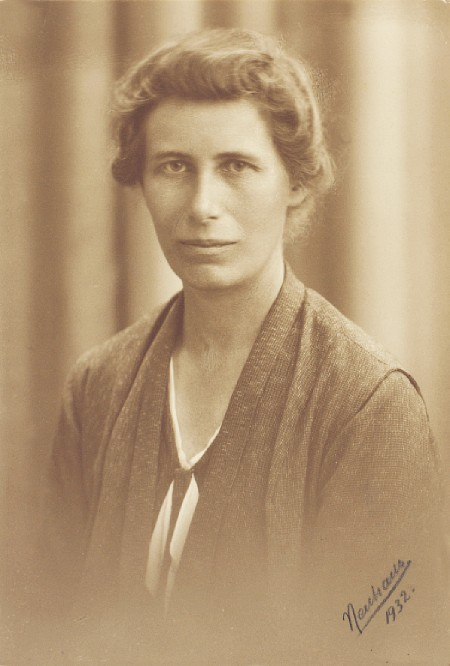 INGE LEHMANN | Search Results | Cek Kulkass